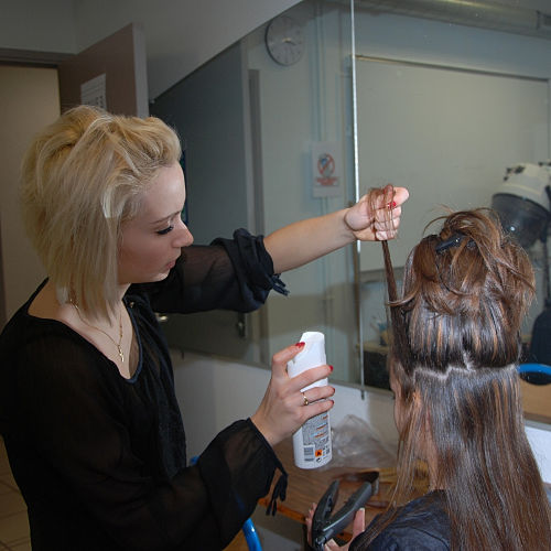 photos de rencontres par des coiffuresfemme poursuit site de rencontre pour 10 millions